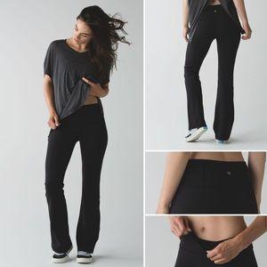 Lululemon Solid Black Groove Flare Pant (8 Tall)